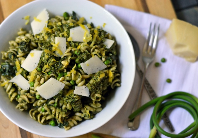 Lemon Pesto Pasta with Peas, Spinach and Asiago | Pumpkin Honey